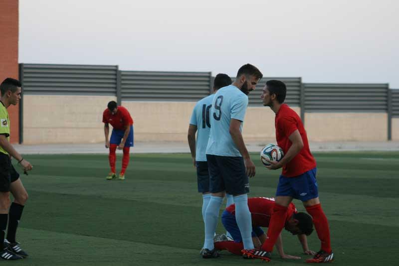 Victoria por la mínima sobre el Adra en el segundo amistoso (1-0)