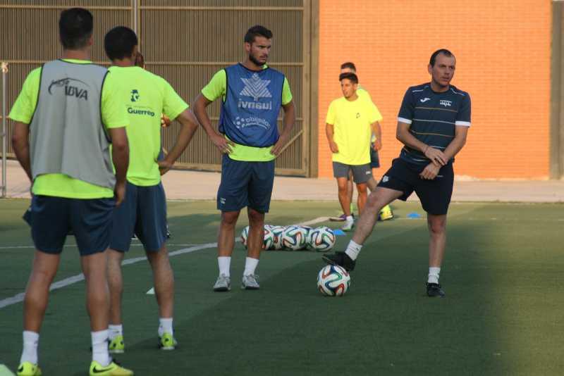 El jugador abderitano Gabri refuerza elcentro del campo