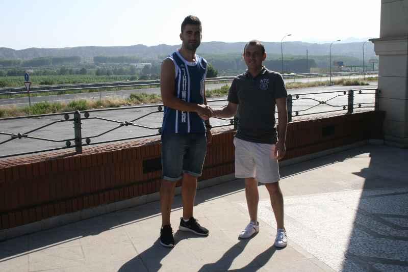 El CD El Ejido 2012 potencia su delanterafichando a Samu Corral y renovando a Darío Guti