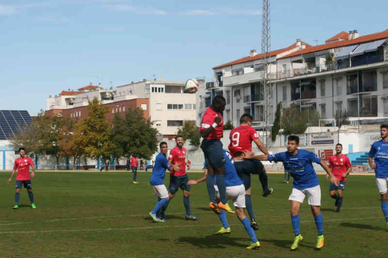 Derrota inoportuna en Maracena (2-0)