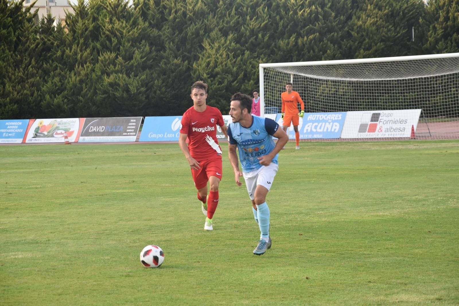 Álvaro González valora que el equipo está preparado para sumar la victoria en Sevilla