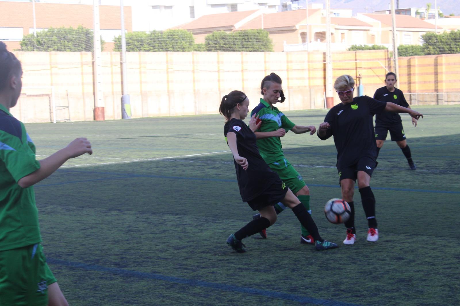 El equipo femenino a por el tercer puesto este domingo ante el Atlético Estudiantes