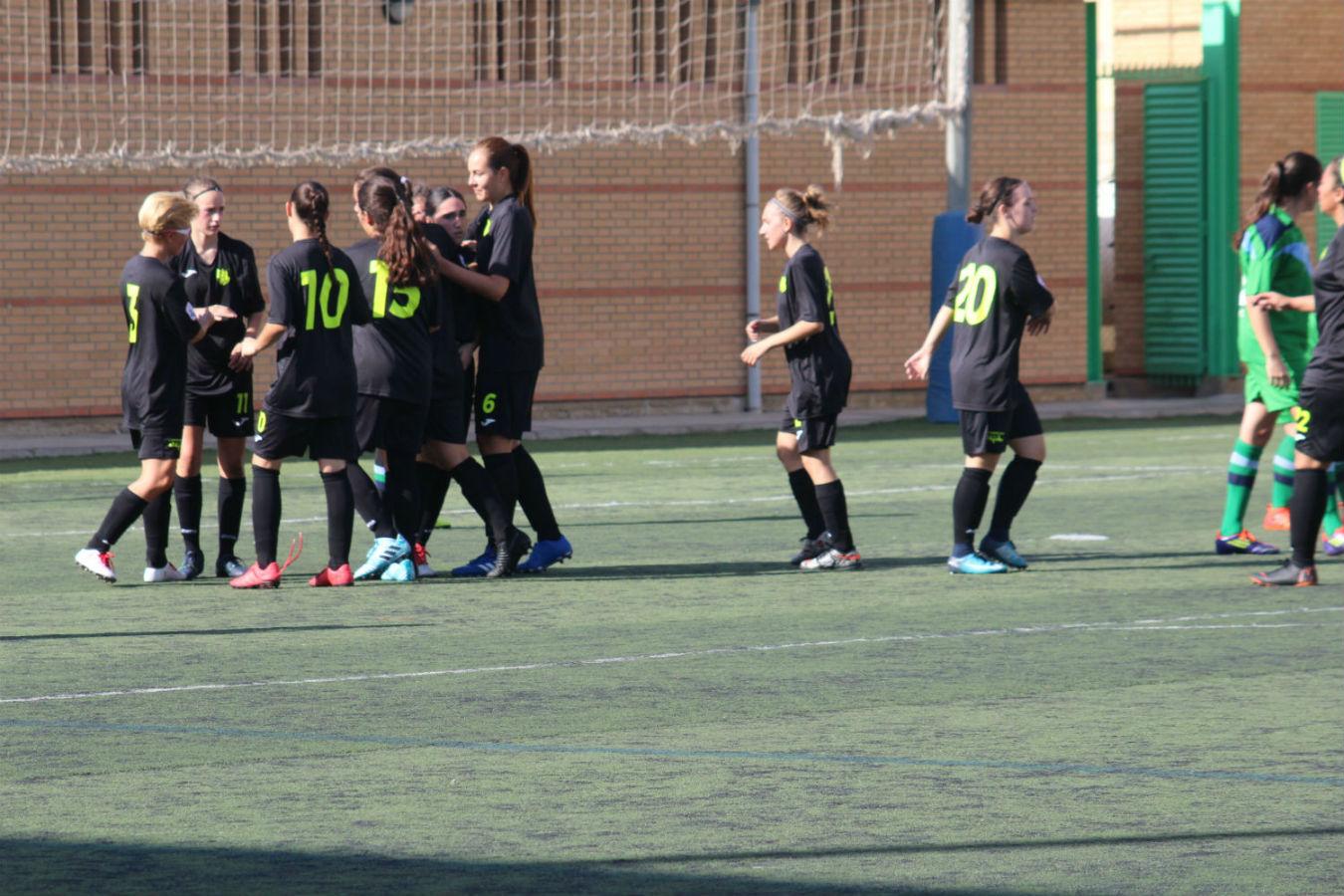 Debut, victoria y goleada del equipo femenino en la Segunda División Senior