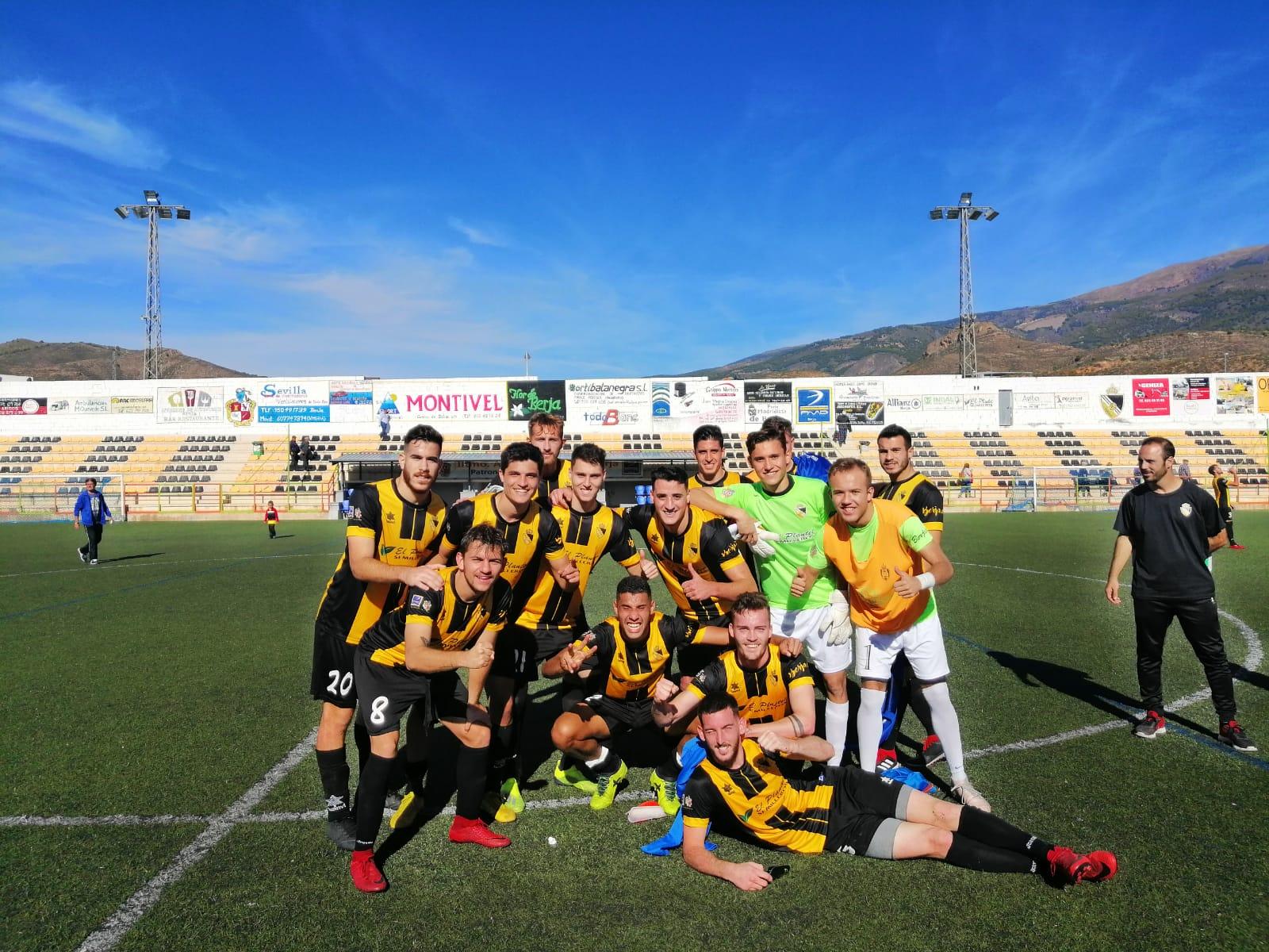 El Berja CF recupera el camino del triunfo frente al Navas