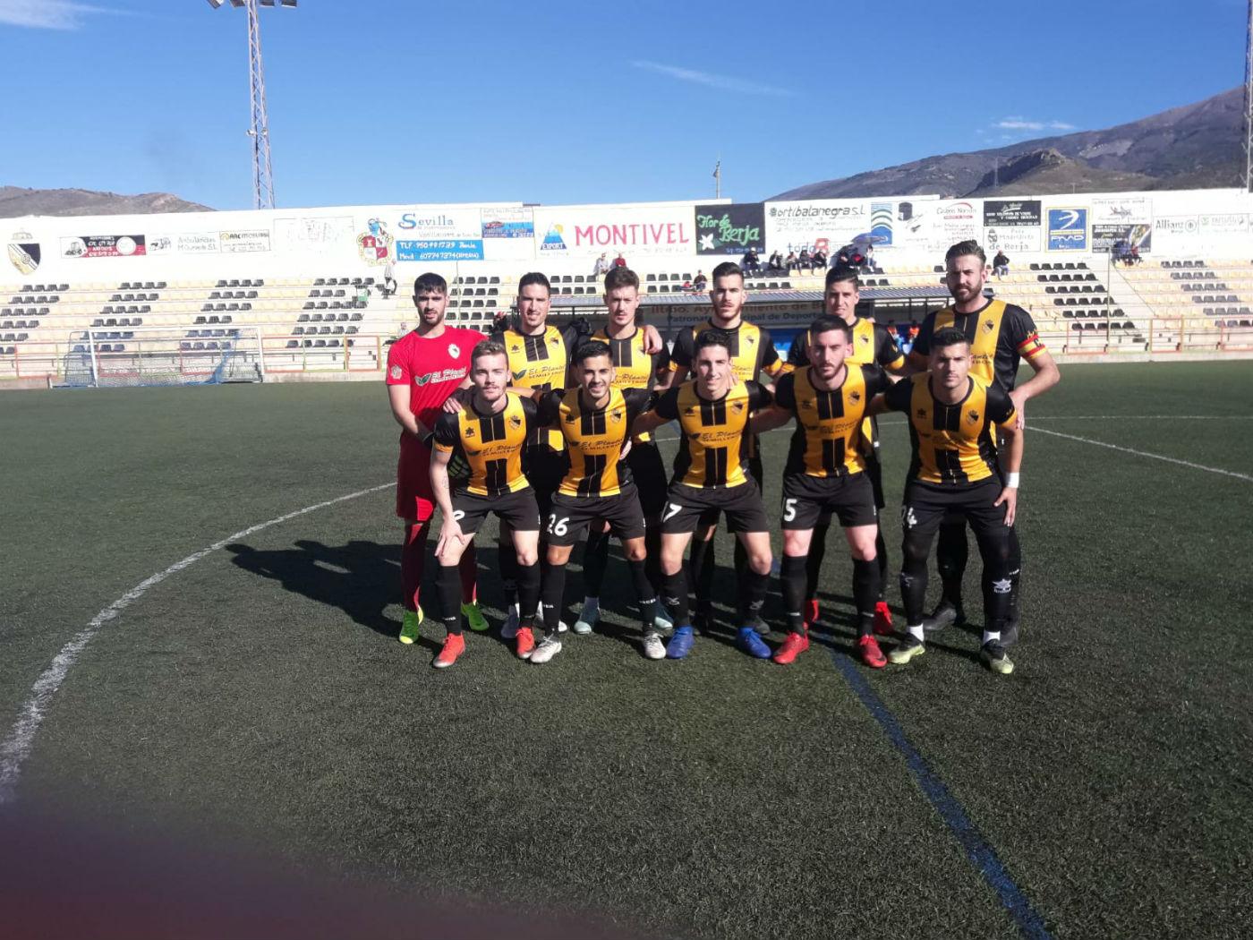 El Berja CF logra una gran victoria ante el Cártama y recupera el segundo puesto con Fede de goleador