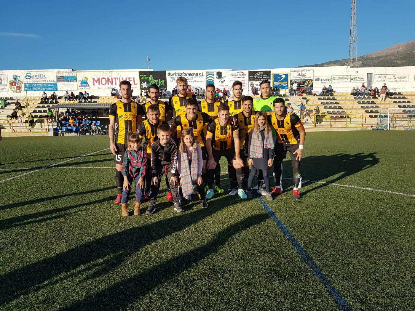 El Berja CF se juega este domingo frente al Cártama ratificar su notable mejoría como visitante