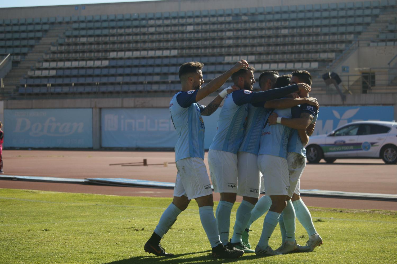 Equipo y afición a por la ansiada victoria este domingo frente al Badajoz para recuperar posiciones