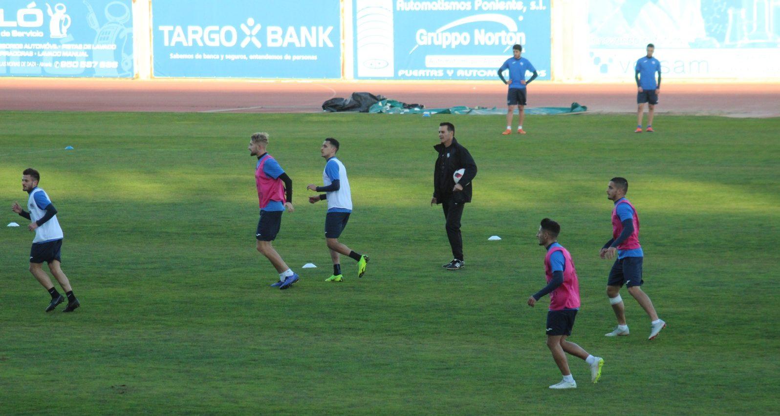 El CD El El Ejido presenta al nuevo entrenador y al nuevo Director Deportivo