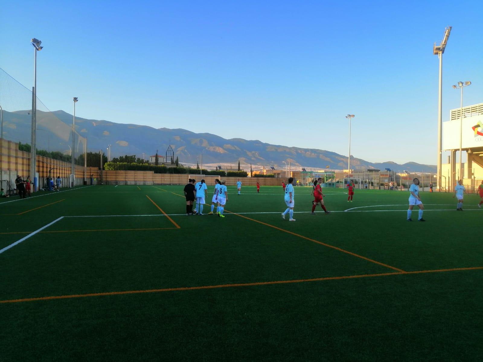El equipo femenino luchará por la primera victoria este sábado en la Copa Diputación