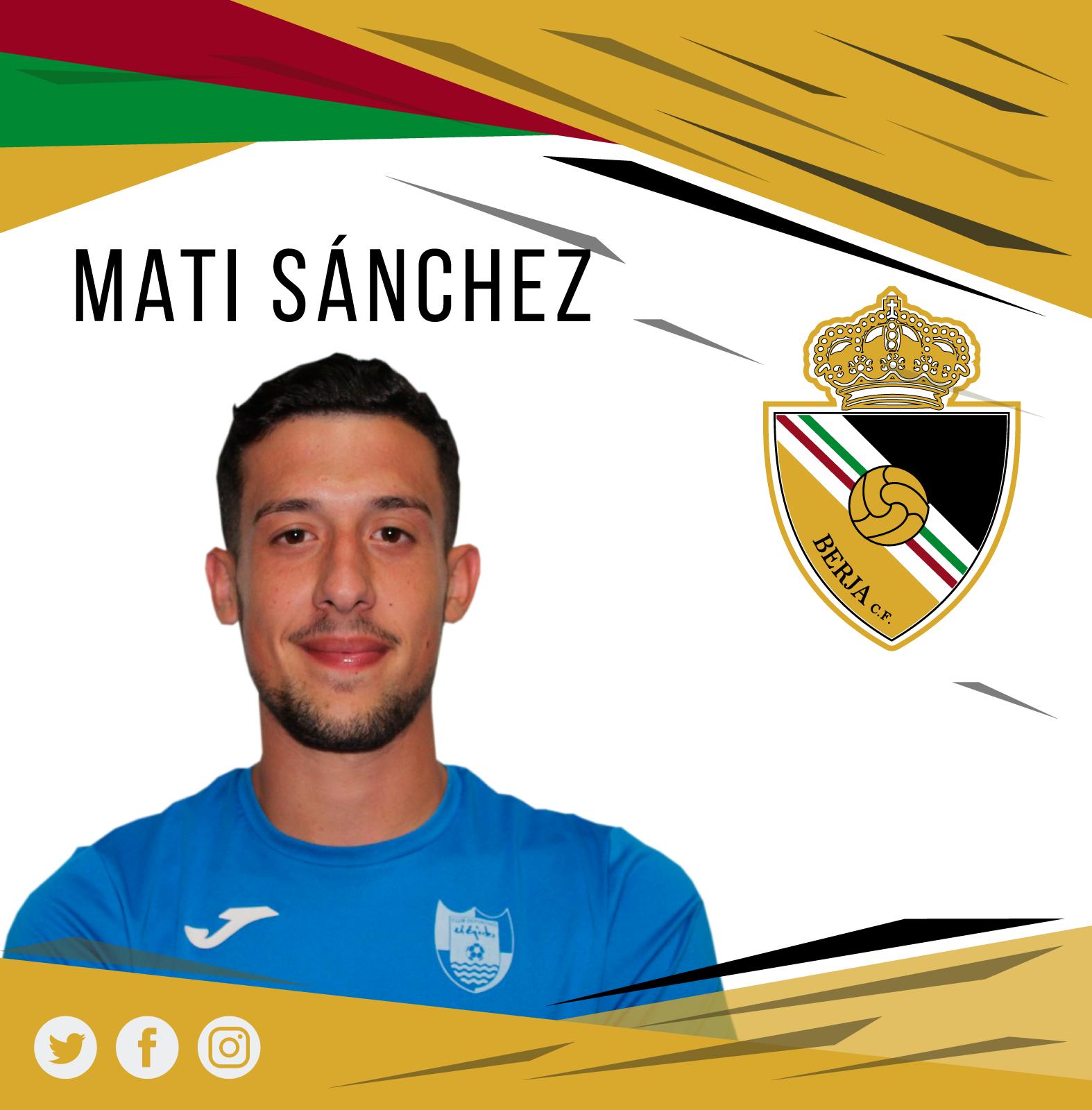 El central Mati Sánchez renueva con el Berja CF