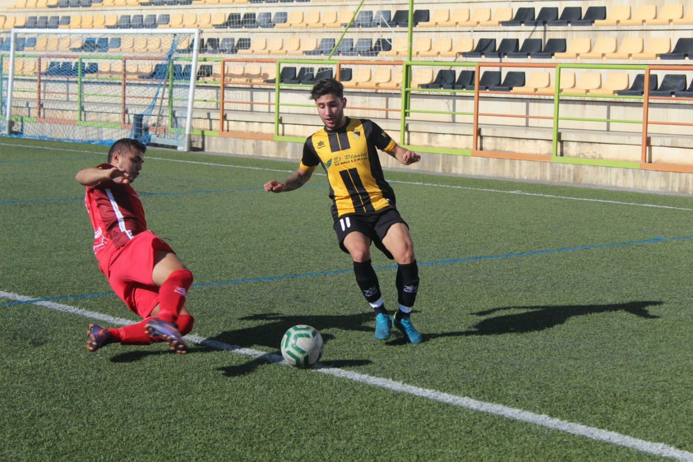El Berja CF pierde frente al CD Rincón pero seguirá luchando para abandonar los últimos puestos