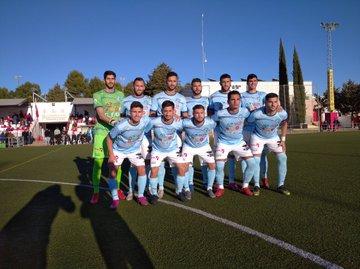 El CD El Ejido vence en Torreperogil jugando con diez en la segunda parte y con un tanto decisivo de Juanje