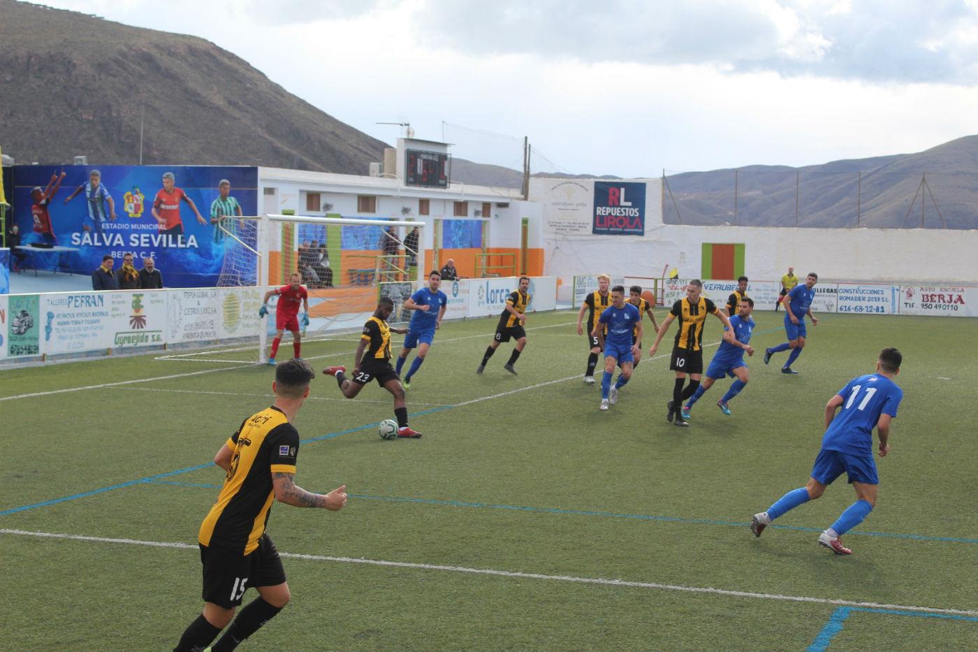 El Berja CF vence con claridad al Begíjar y suma tres puntos muy valiosos