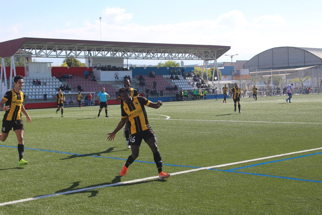 El Berja CF suma y sigue venciendo con rotundidad al Arenas de Armilla (0-3)