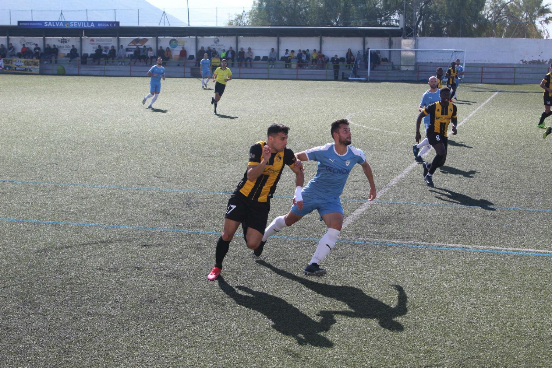 Empate sin goles para un Berja CF que no pudo superar al Villacarrillo