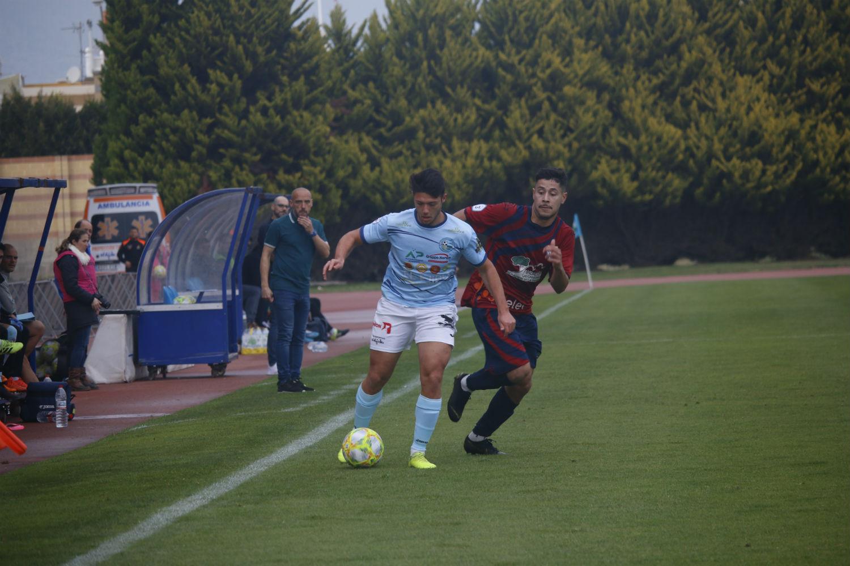 David Cabello espera que sus jugadores refuercen su segundo puesto en Porcuna este domingo