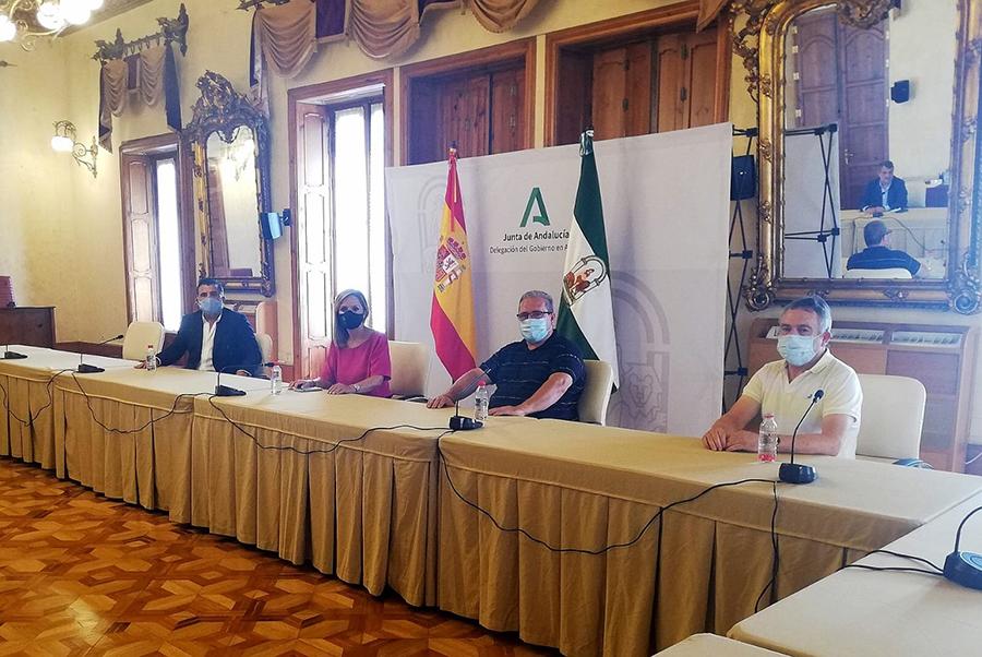 La Delegada del Gobierno felicita al CD El Ejido por los ascensos
