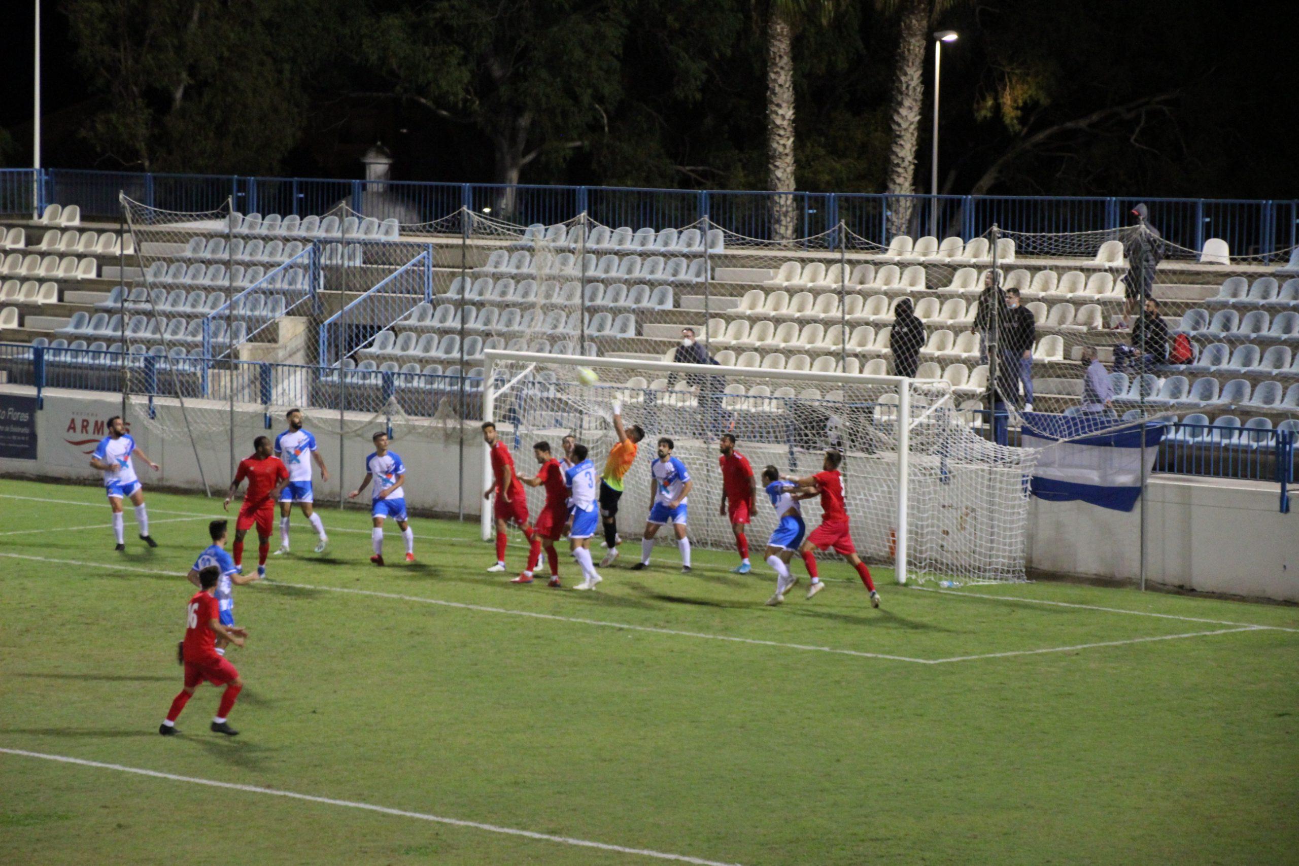 Tablas entre CF Motril y CD El Ejido en el Escribano Castilla