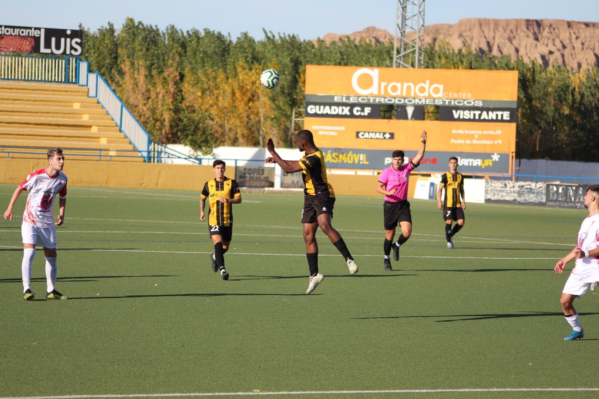 El Berja CF vuelve a casa en competición oficial 8 meses después