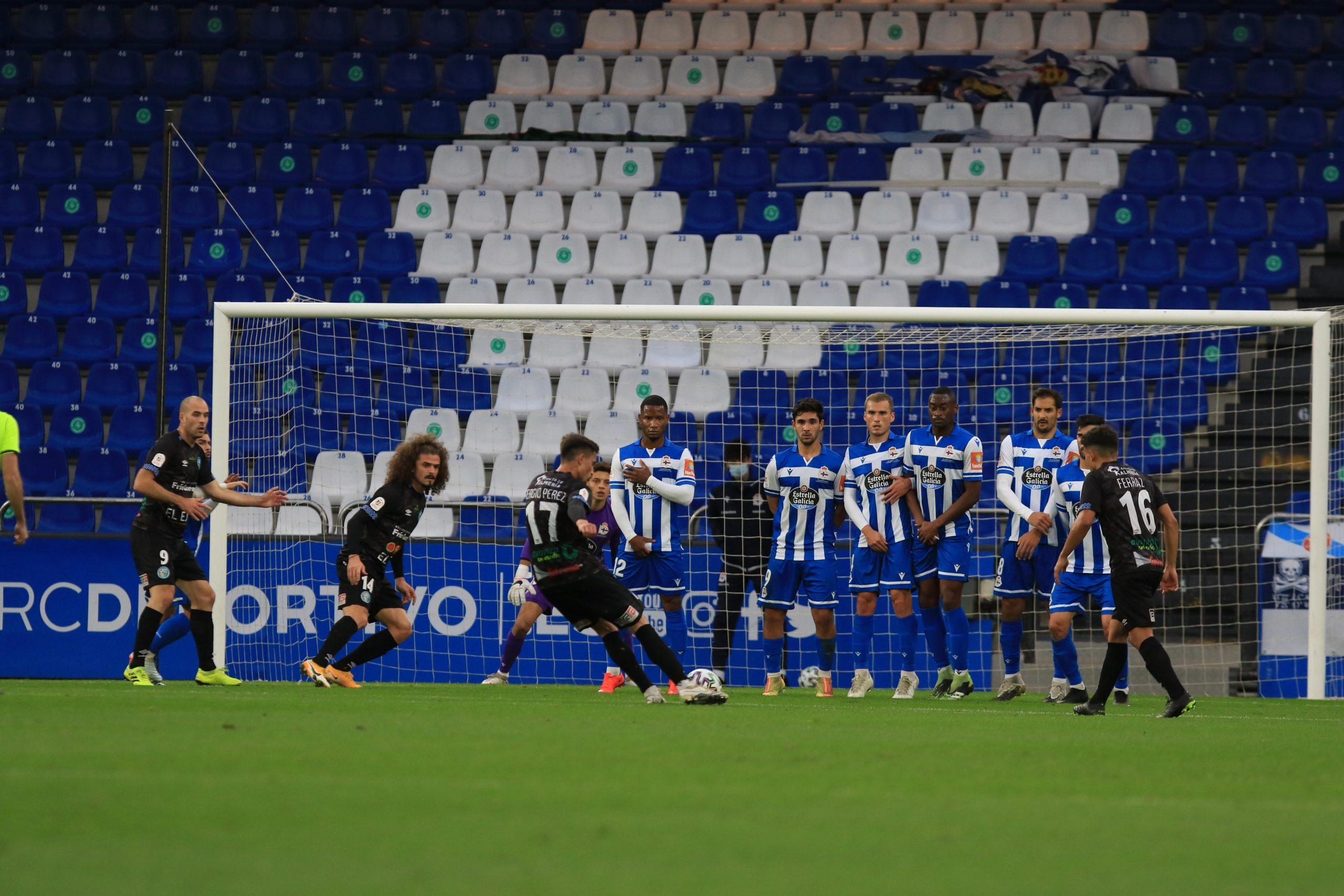 Dos goles legales anulados y un penalti a favor sin pitar privan al CD El Ejido de avanzar en la Copa del Rey