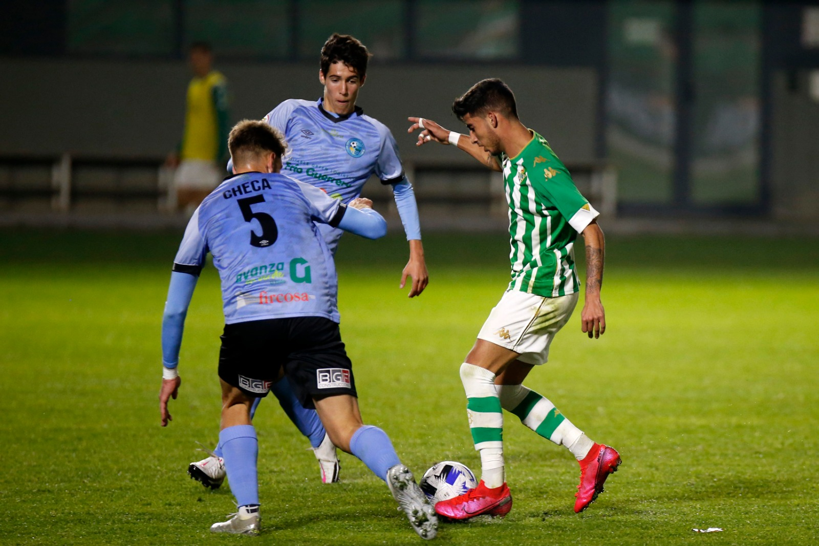 El juvenil Pablo Checa debuta con el primer equipo