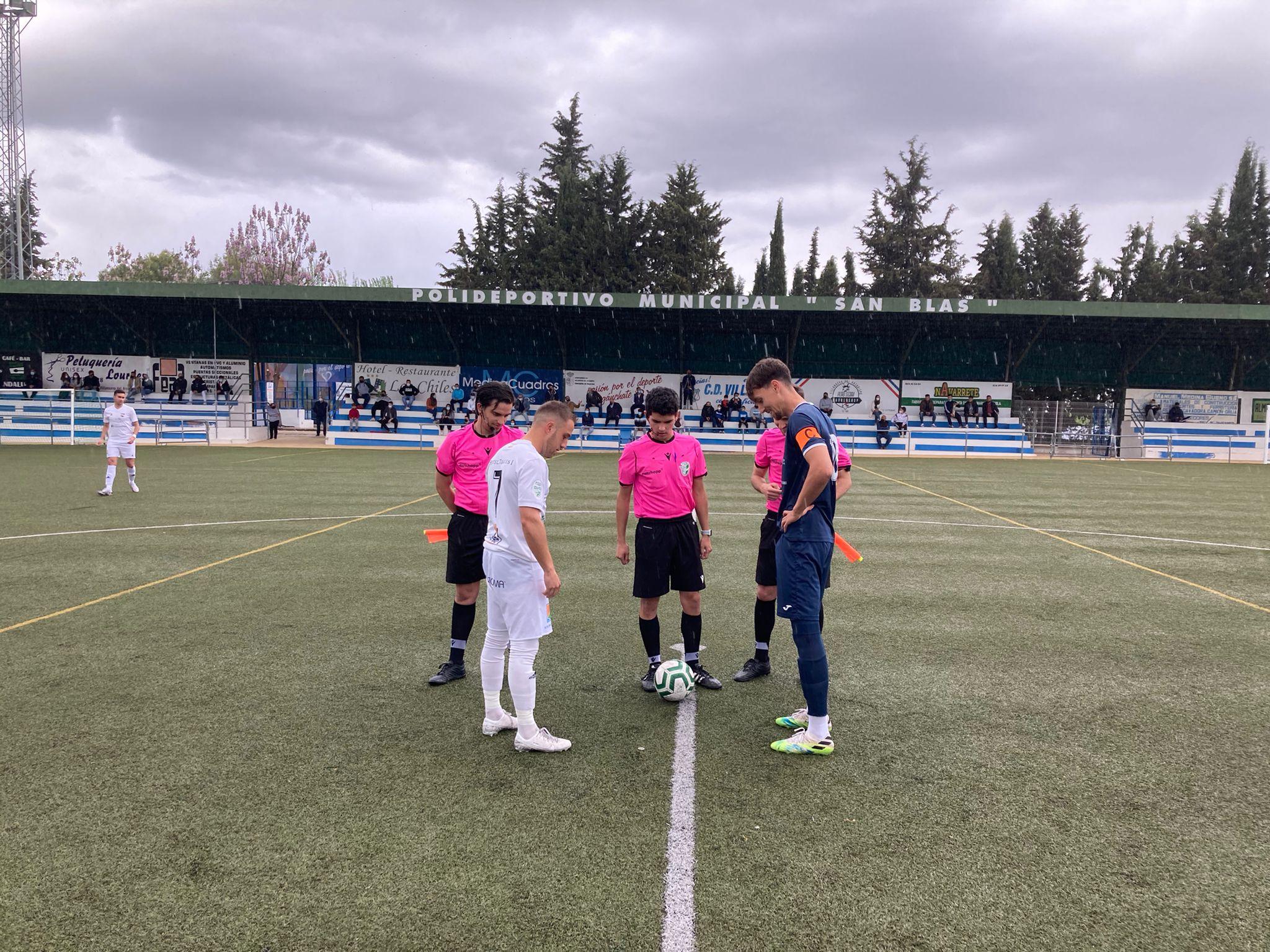 El Berja CF saca un importante punto de Villanueva