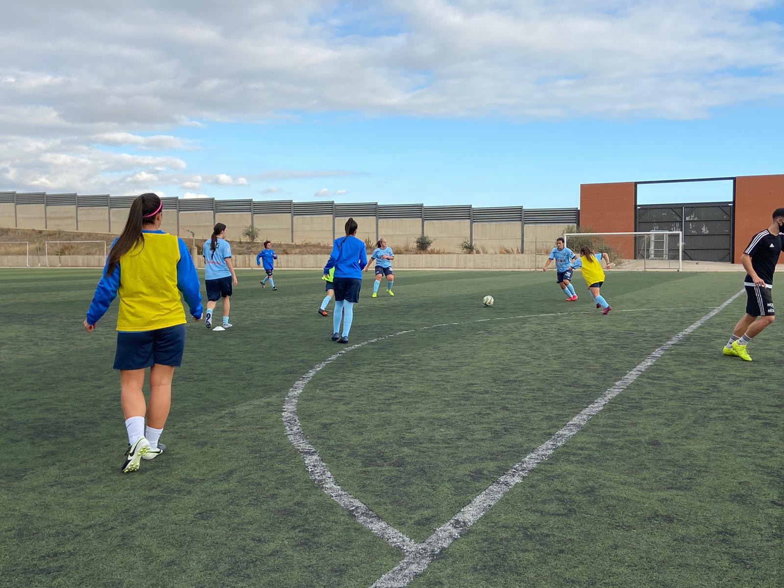 El sénior femenino visita La Ciudad Deportiva de La Cañada