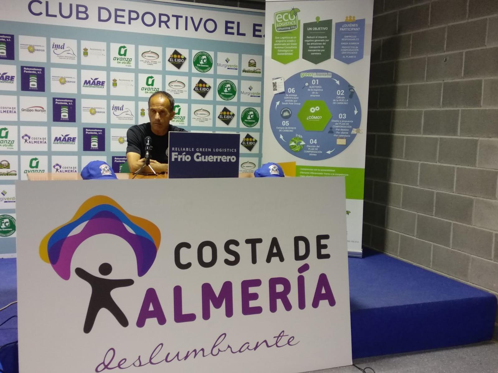 El CD El Ejido de Fran Alcoy finaliza ante el Marino su primera etapa