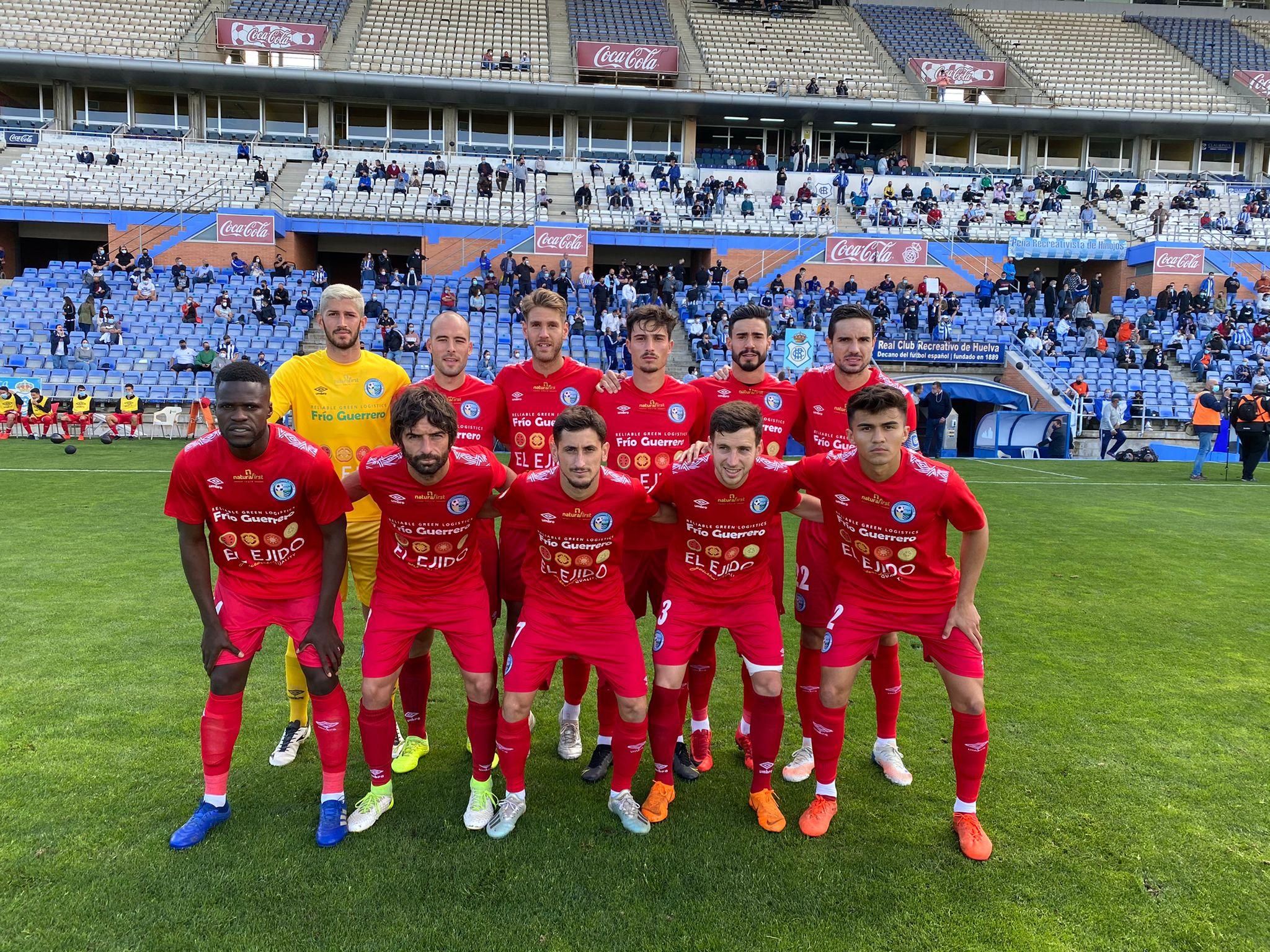 El Club Deportivo El Ejido vence en Huelva y logra matemáticamente su plaza en la Segunda División RFEF