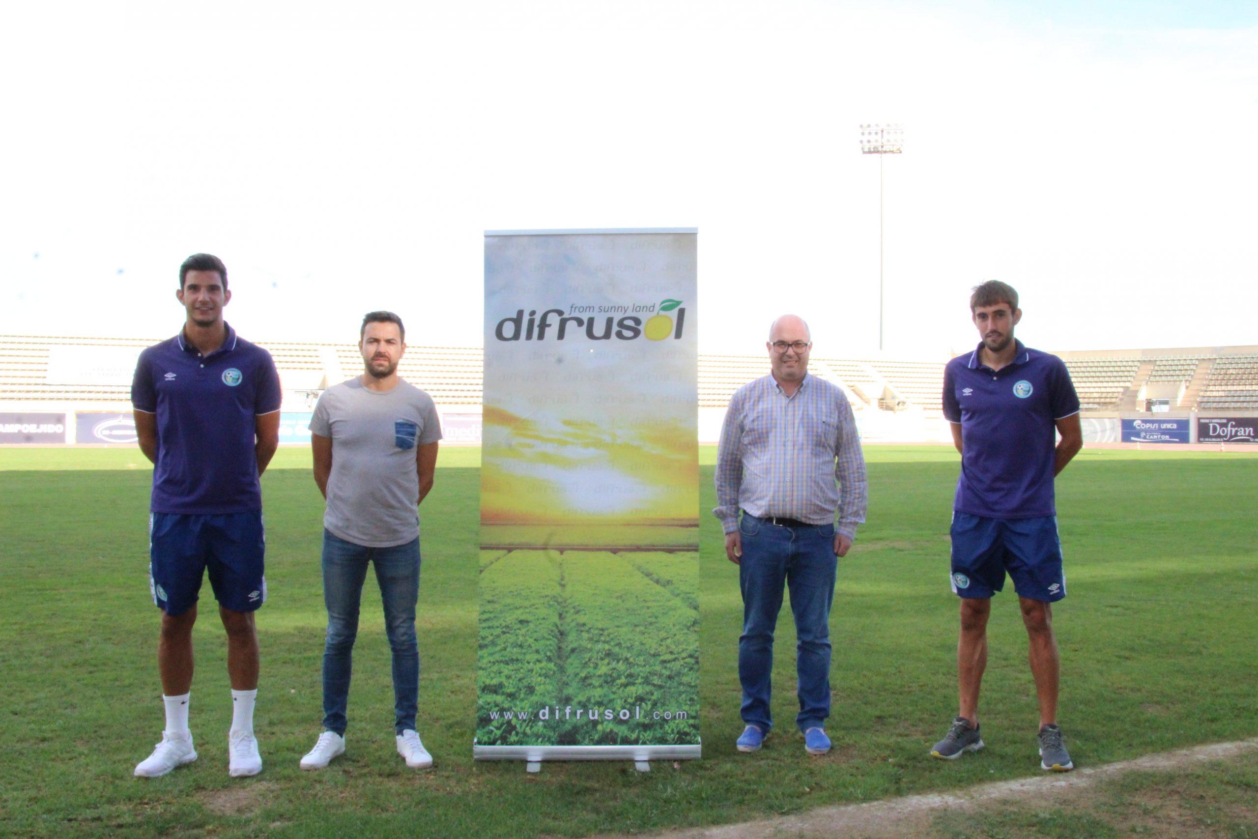 Los jugadores Fran Serrano y Jorge García se presentan de la mano de Difrusol