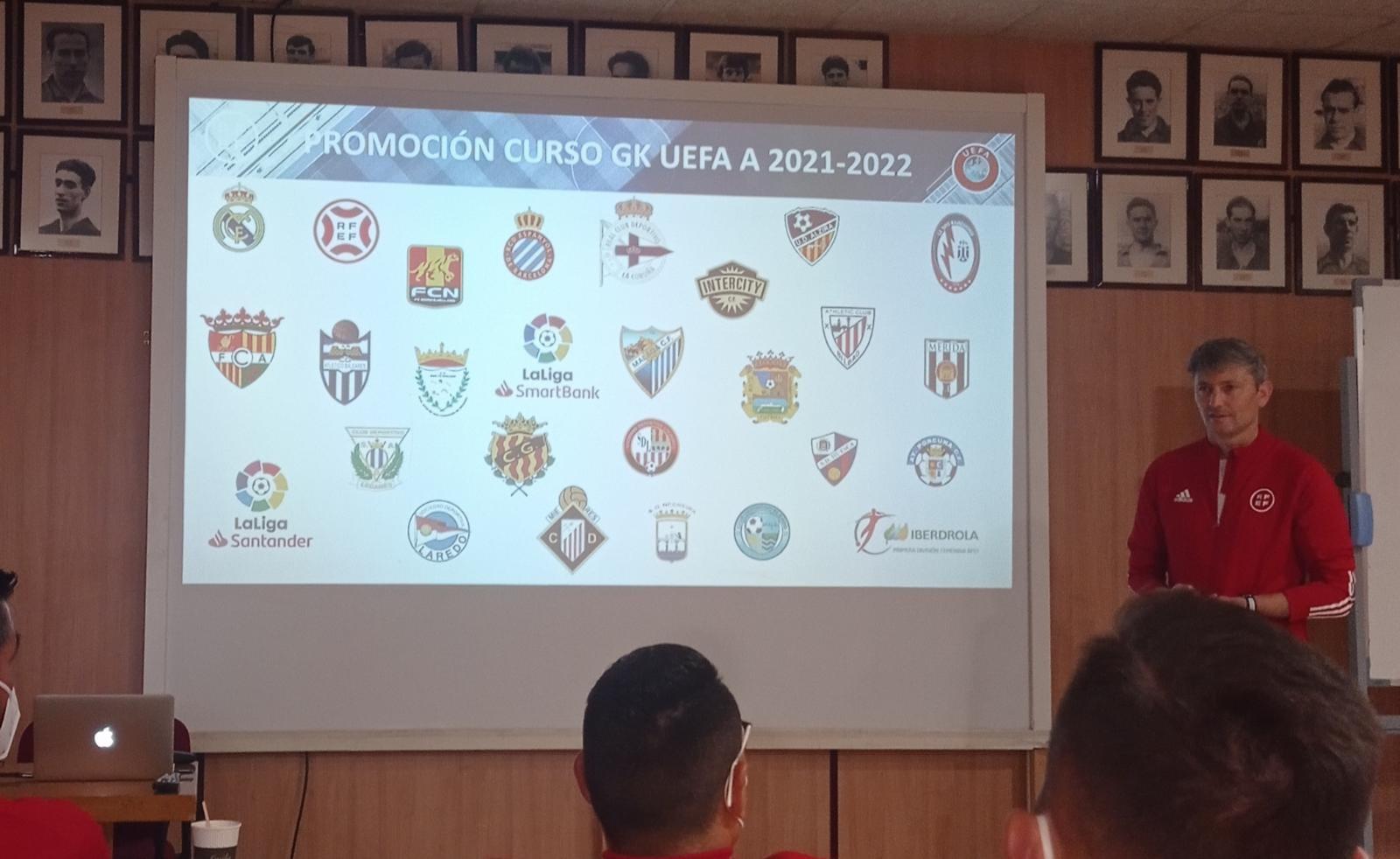 Andrea Cimino participa en el Curso Goalkeeper UEFA A